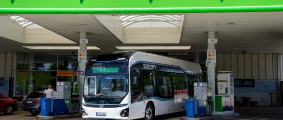 Hyundai hydrogen-powered Elec City Fuel Cell bus